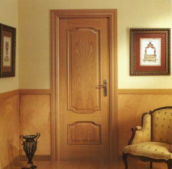 Puerta de paso de interior o de paso puertas for Precio puerta madera interior